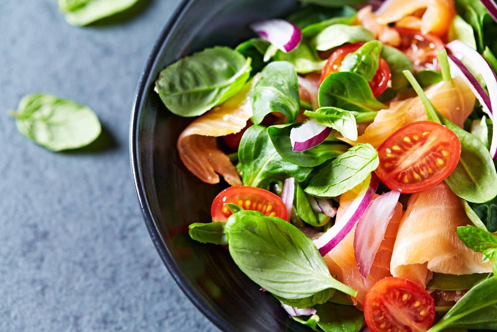 ¿Estás preparando bien la ensalada? Estos son los errores más comunes