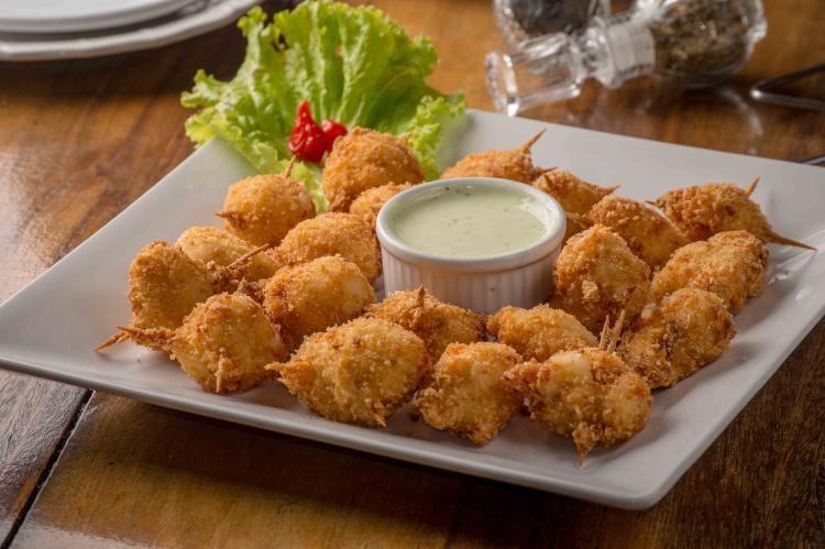 Los nuggets de pollo caseros son una de las recetas saludables preferidas por los niños.