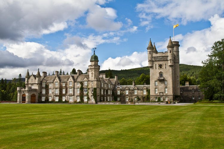 castillo balmoral