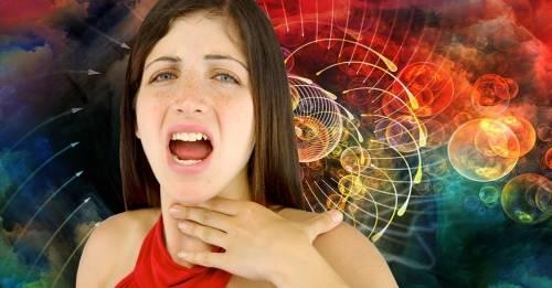 ¿Qué sucede cuando nos quedamos afónicos? causas y significado según la bi..