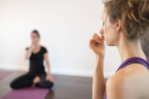 Pon tu dedo delante de tu nariz cuando sientas angustia... y tu día mejorará