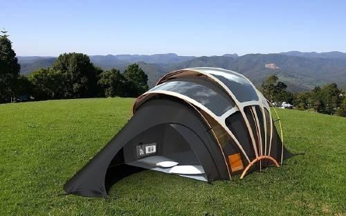 Una carpa inteligente y ecológica que provee luz, calefacción, electricidad ..