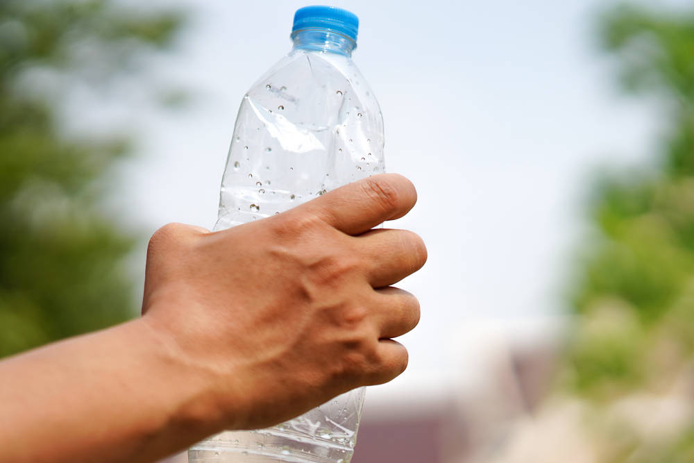 India planea reemplazar las botellas de plásticos por bambú