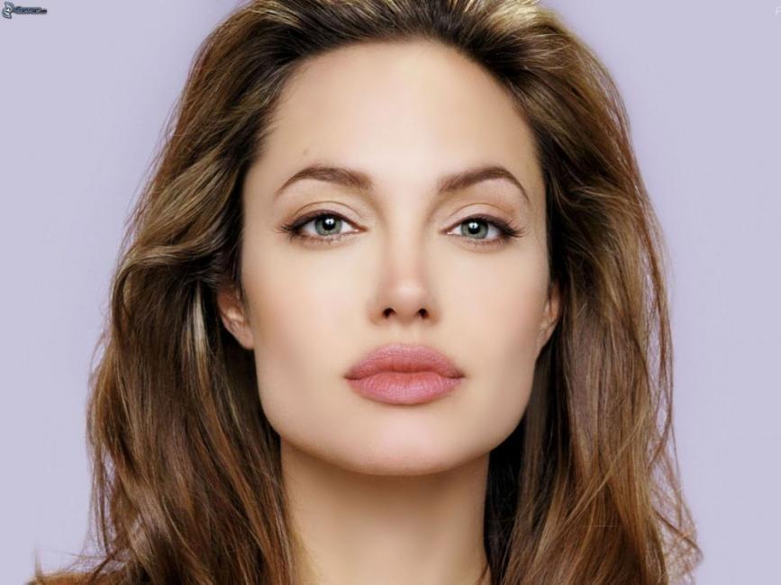 Angelina Jolie tenía un gen BRCA1 defectuoso