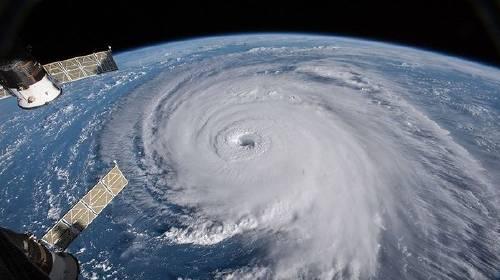 ¿Y ahora qué? Inicia la ira del huracán Florenc