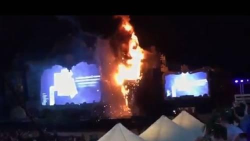 Qué causó el fuego en el festival Tomorrowland en España