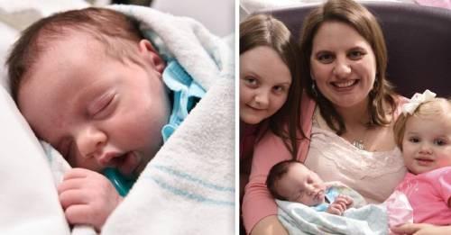 Esta es la única bebé que ha podido nacer dos veces