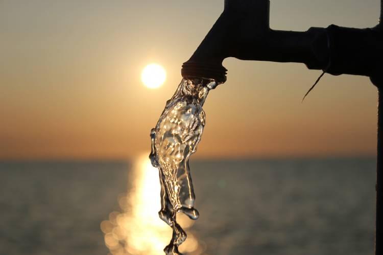 Preguntas que debes hacerte sobre el agua que bebes