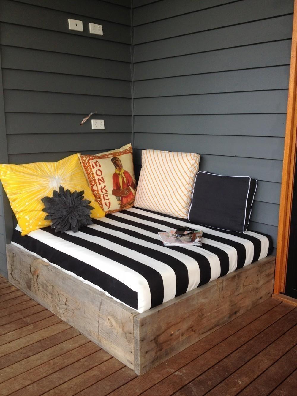 C mo hacer una cama para tu jard n patio o terraza - Como construir una cama ...