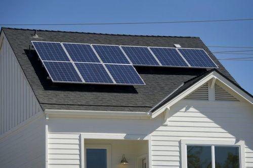 Las casas con paneles solares serán obligatorias desde 2020