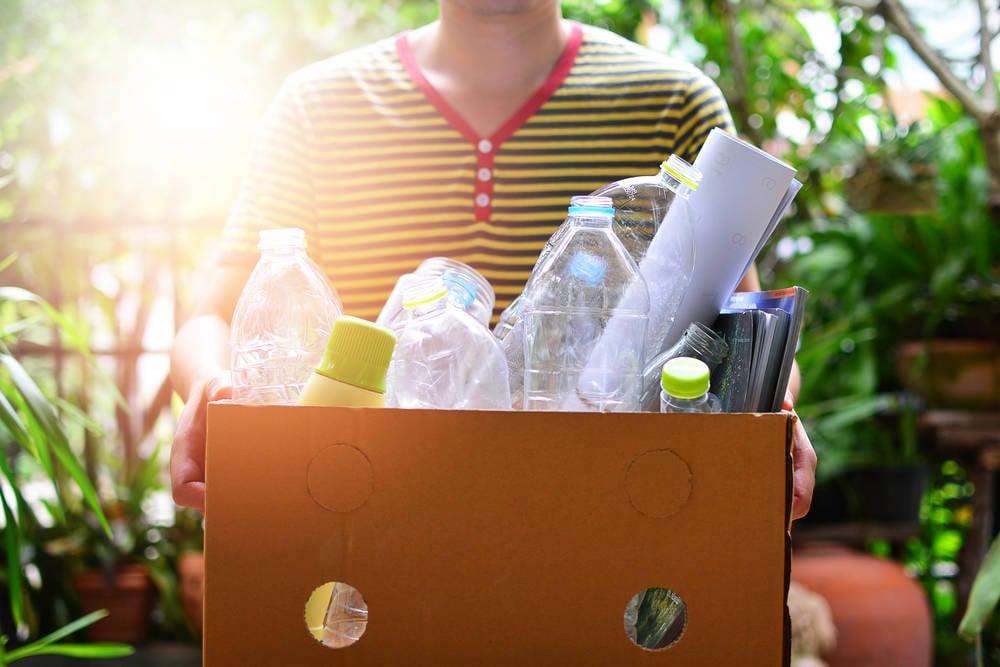 Botellas de amor, una nueva forma de reciclar plásticos