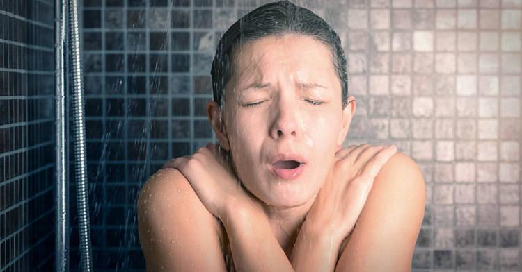 ducharse-agua-fria-beneficios