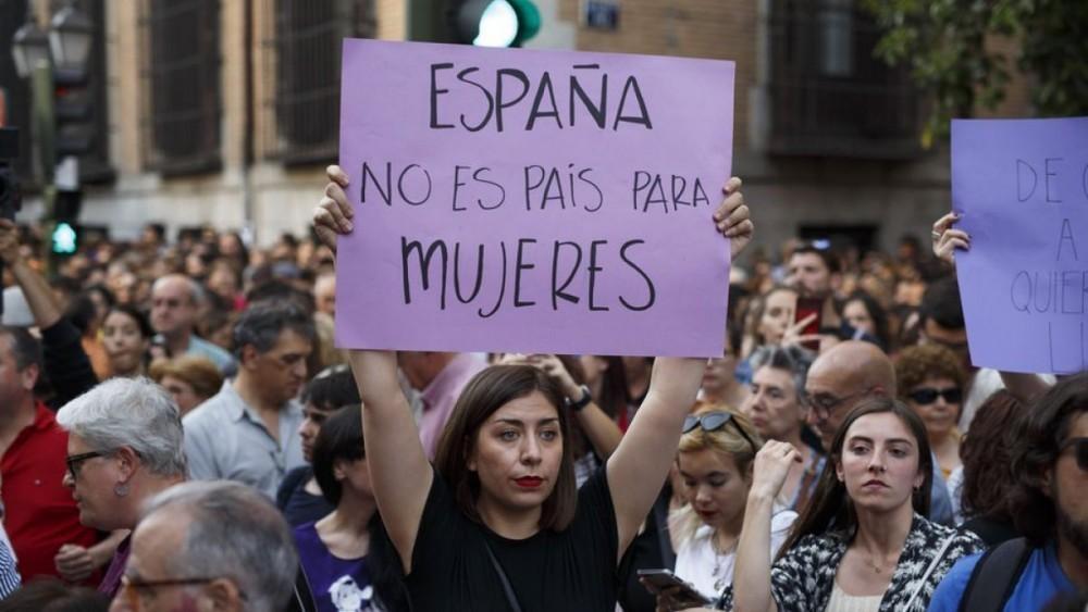 Según el Ministerio del Interior de España, se registraron 10.844 delitos contra la libertad sexual en 2016