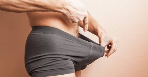 erección solo en estimulación física de