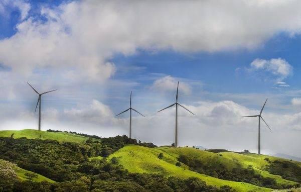 Costa Rica pisa fuerte en la implementación de energías renovables
