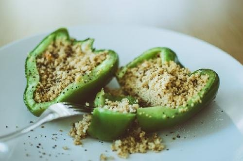 green-bell-pepper-stuffed-with-couscous-1438540 (2)