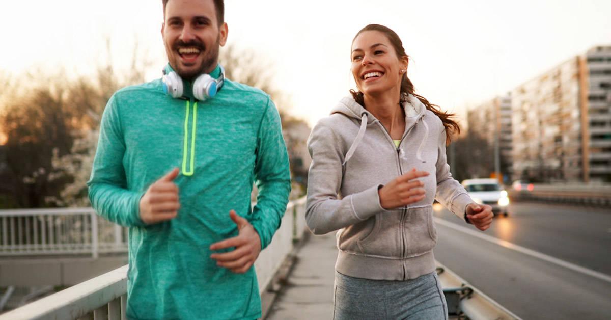 10 beneficios de las caminatas diarias para mejorar el bienestar físico y mental