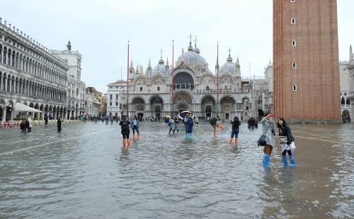 """Venecia amaneció sumergida en una """"devastación apocalíptica"""""""