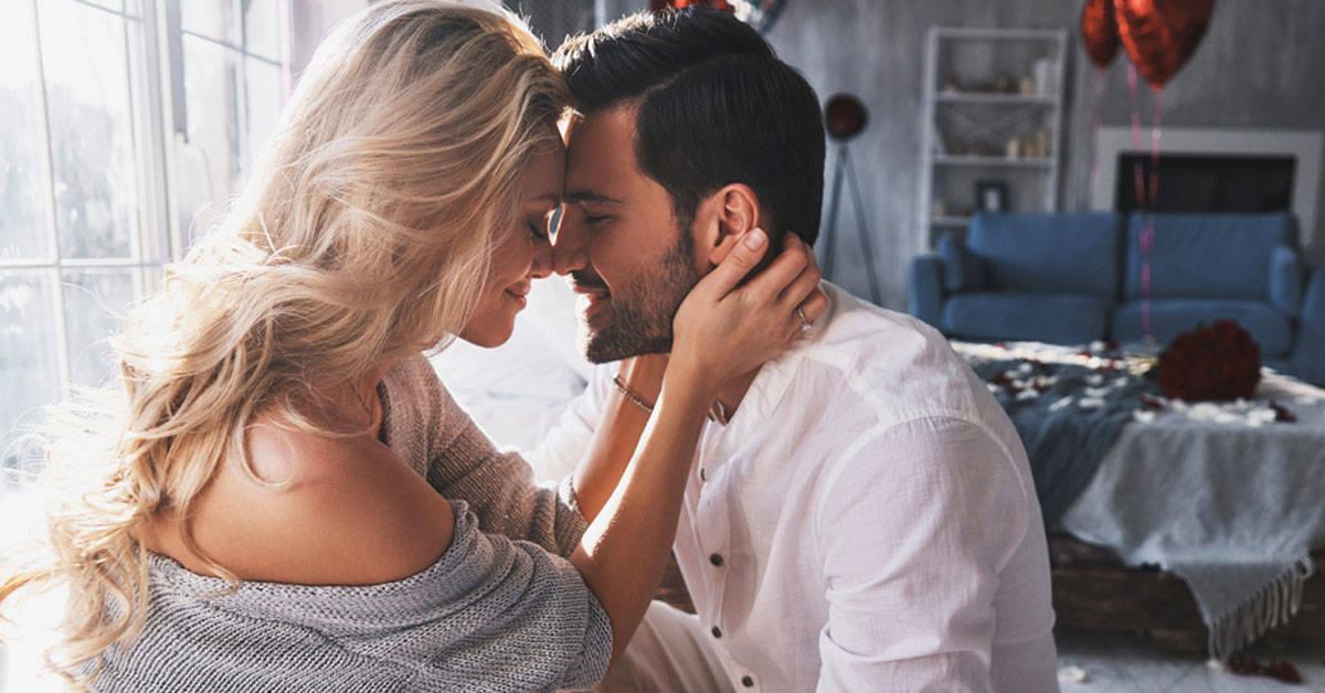6 señales de que eres compatible sexualmente con tu pareja