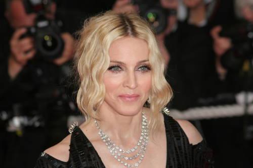 Coronavirus: Madonna apoya a Bill Gates en la búsqueda de una cura