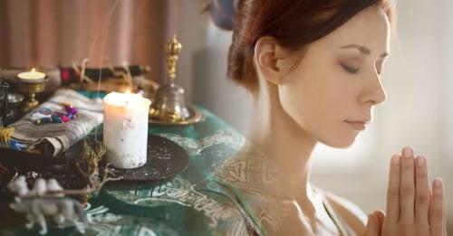 3 rituales para cerrar ciclos que te ayudarán a encontrar paz interior