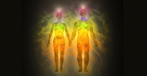 Significado del aura amarilla y otros colores del aura