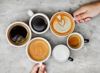 Varias tazas de café distintas