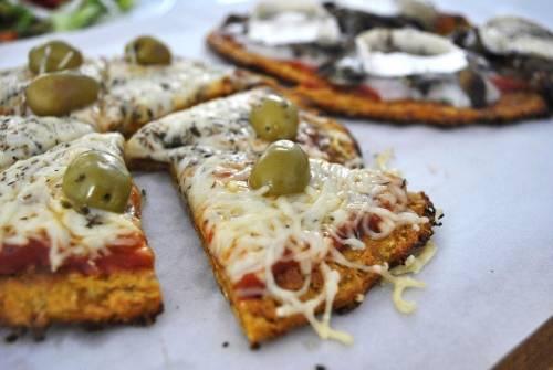 Pizza con masa de zanahoria, ¡sin harina!