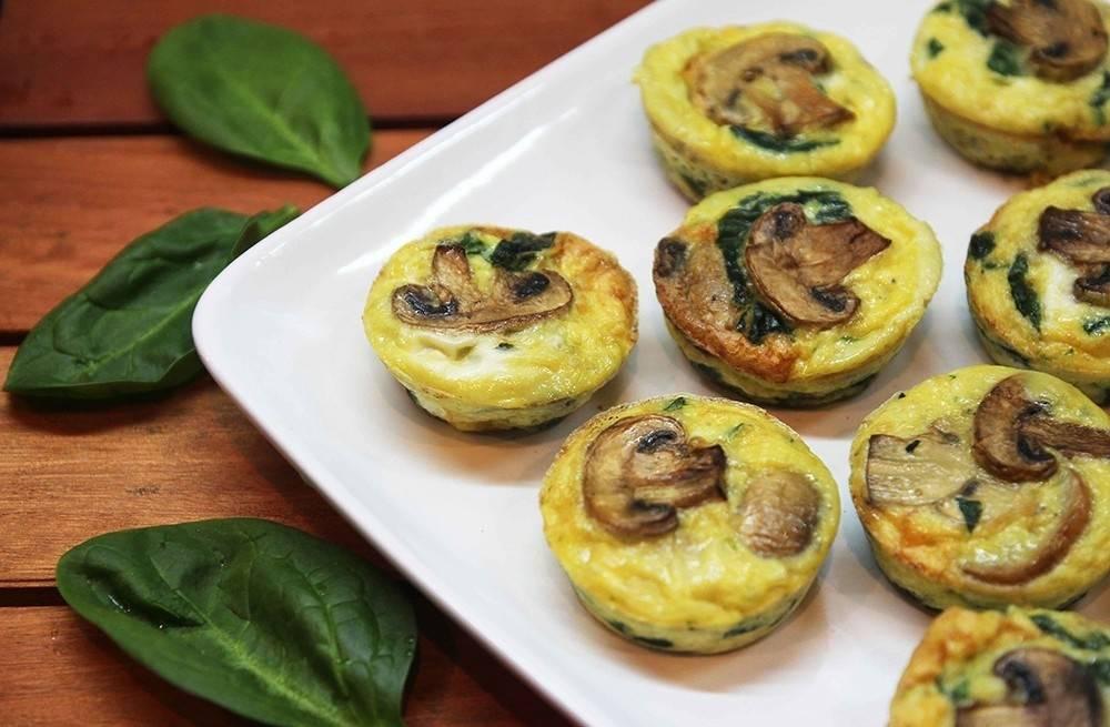 Muffins salados de espinaca y hongos