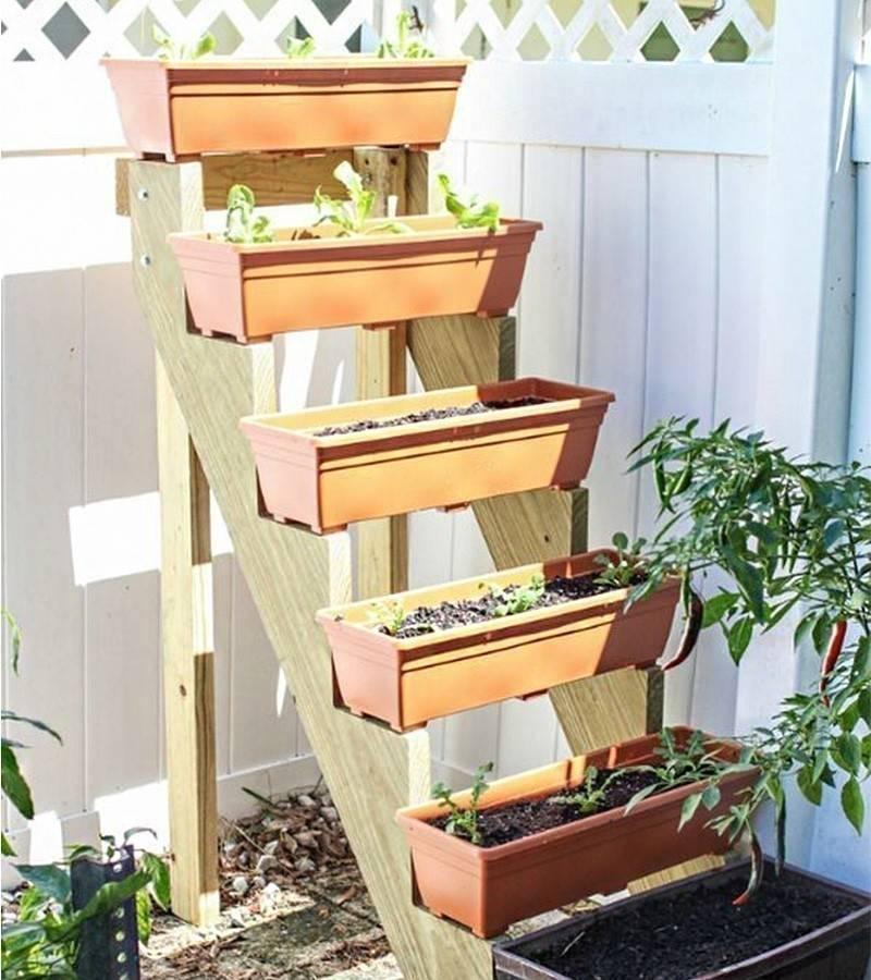 Cómo hacer un jardín vertical escalonado