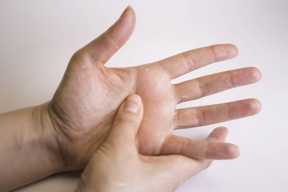 Estos son los puntos de tu mano que debes tocar de acuerdo a tus dolencias