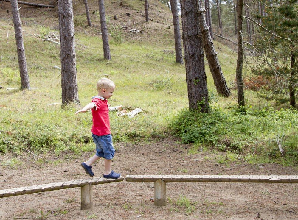 Aumentar el riesgo en el espacio de juego es bueno para los niños