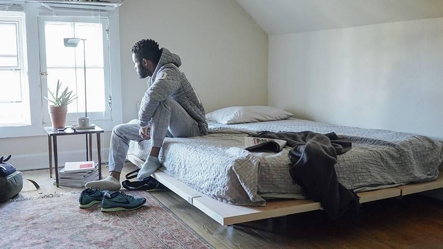 Cómo montar una base para tu cama que puedas armar y desarmar rápidamente