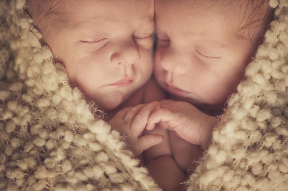 Una pareja canceló la adopción de gemelos tras lograr concebir