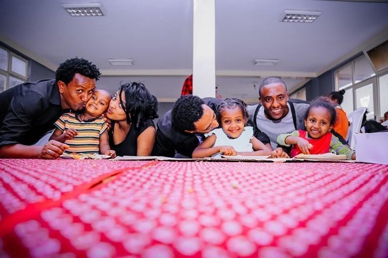 La familia también debe hacer hincapié que tener una actitud abierta al diálogo y respeto
