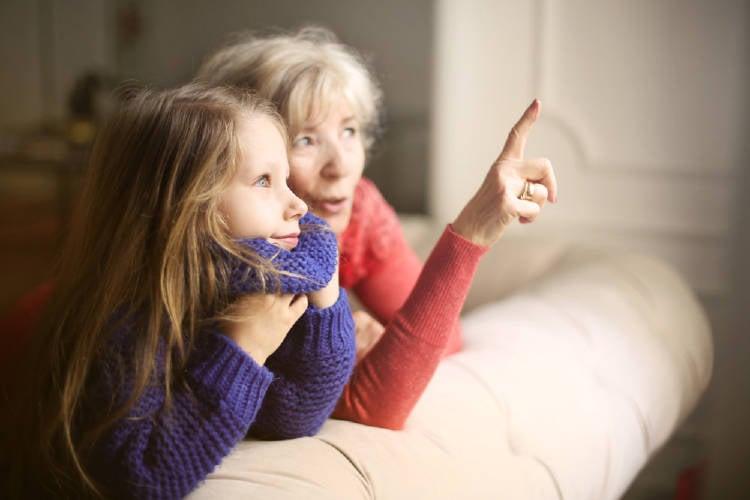 Esta influencia genética que las abuelas maternas tienen en sus nietas mujeres, así como también la influencia emocional puede seguir activa en su ADN, aun cuando ya haya pasado una generación.