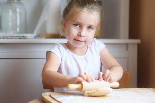 Lecciones de ciencia para que los niños aprendan mientras hacemos pan
