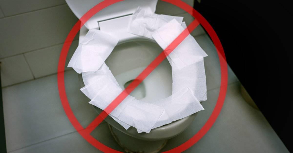 """Expertos explican por qué nunca debes colocar una """"capa protectora"""" de papel hig"""