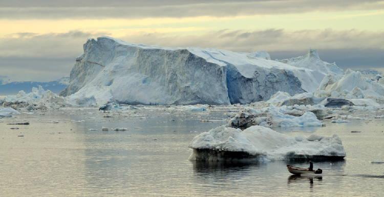 %name Hallaron microplásticos en la nieve del Ártico por primera vez en la historia