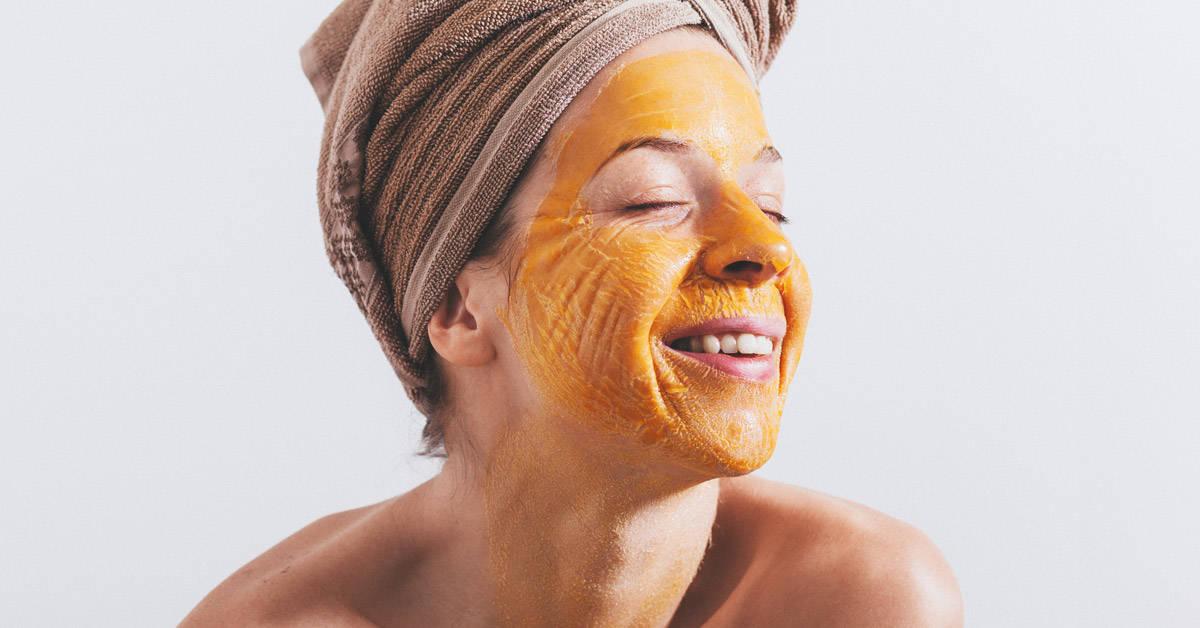 Plantas y aceites para rejuvenecer la piel de manera natural