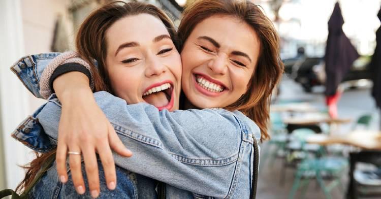 amigos-pueden-ser-mejor-familia