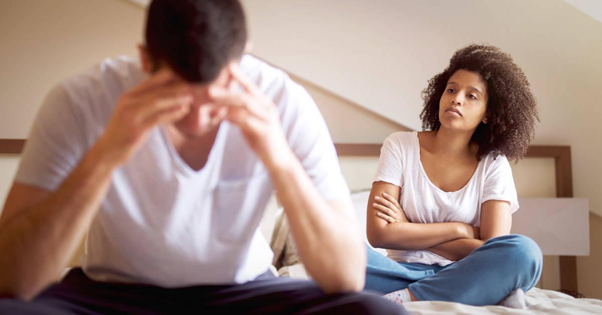 6 indicadores infalibles de que sales con un narcisista
