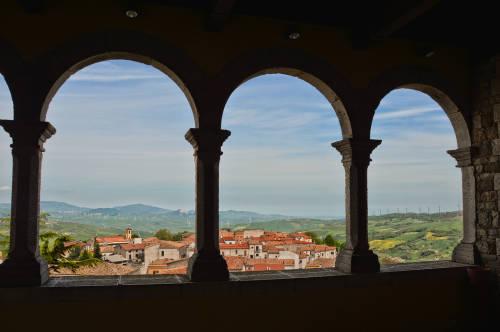 Un pueblo en el sur de Italia vende casas a un euro
