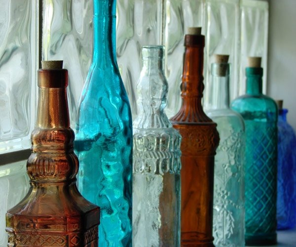 54eae3aab93d5_-_small-changes-colored-glass-bottles-s3