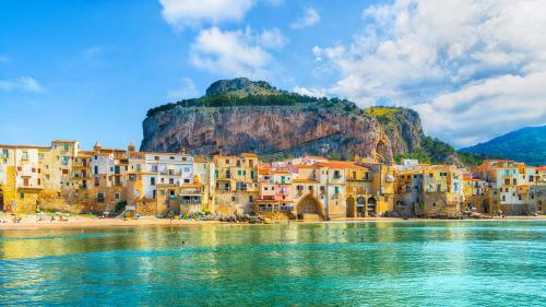 En un pueblo de Sicilia se pueden comprar casas por solo 2 euros