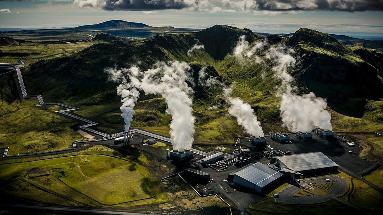 Bill Gates apuesta por una empresa islandesa que convierte el CO2 en piedra