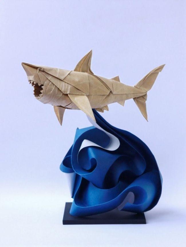 Los increíbles origamis de Nguyen Hùng Cuong- tiburón