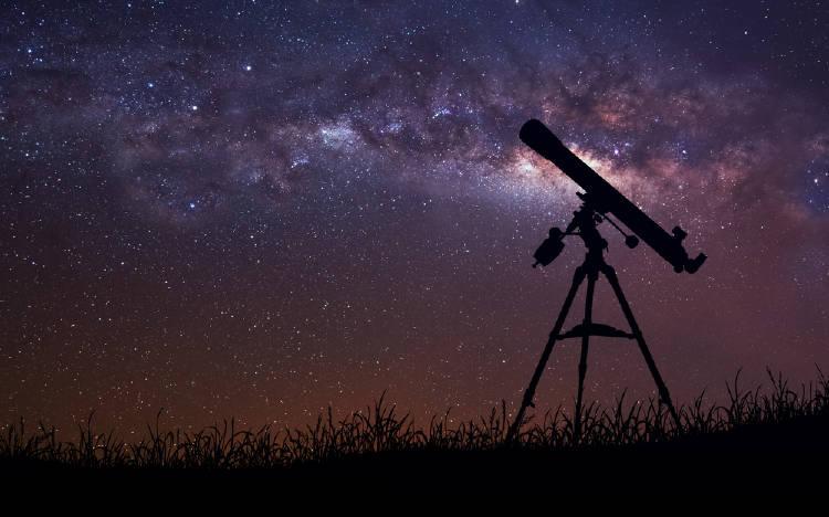 telescopio estrellas cielo