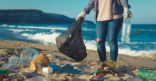 Jóvenes que recorrieron el mundo para concienciar sobre el uso de plástico
