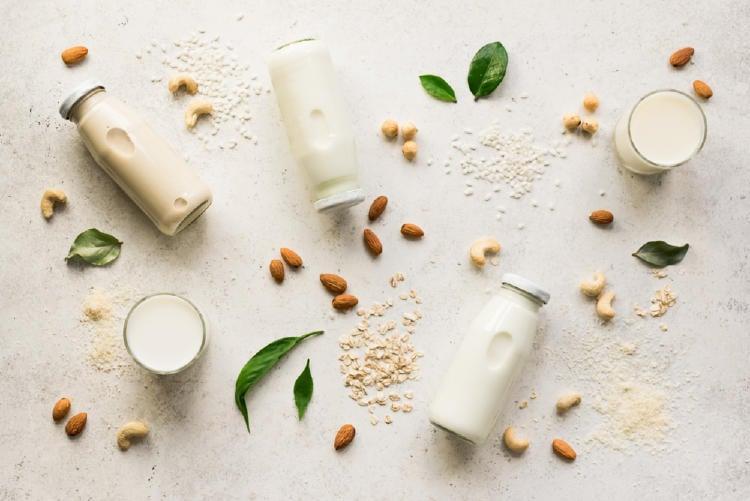 leche de soya leche de almendras
